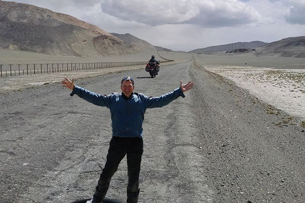 ManicNomads on the Pamir Highway